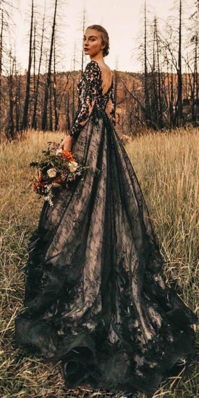 vestido de noiva com forro nude e renda preta