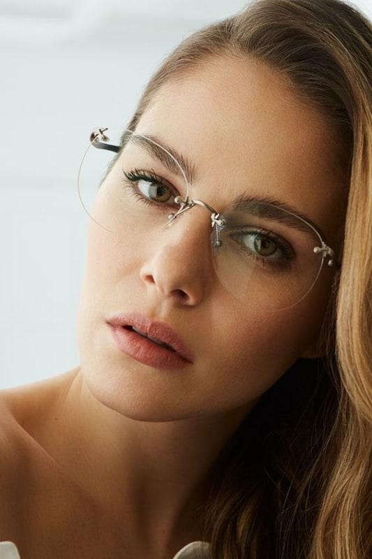 modelo de óculos de grau feminino moderno