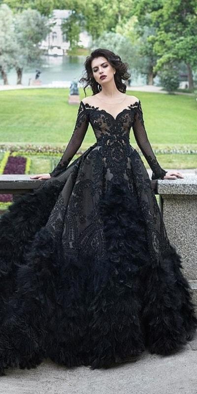 vestido de noiva princesa com renda preta