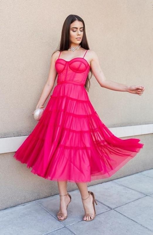 look para festa com vestido rodado pink