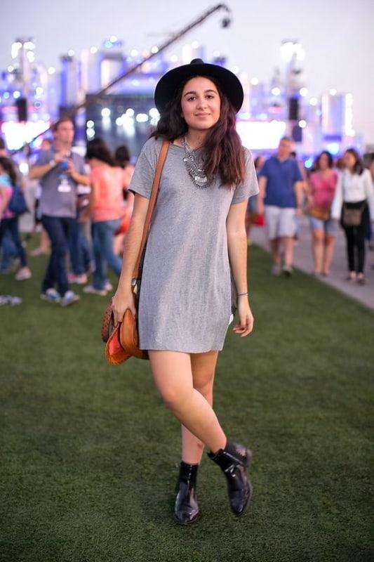 look simples com vestido e bota para Rock in Rio