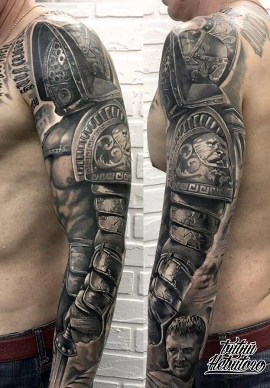 Braço cyborg tattoo