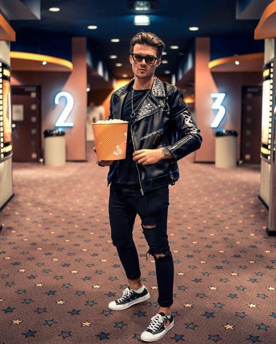 Jaqueta masculina preta de couro