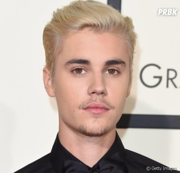 Justin Bieber poucos pelos na barba