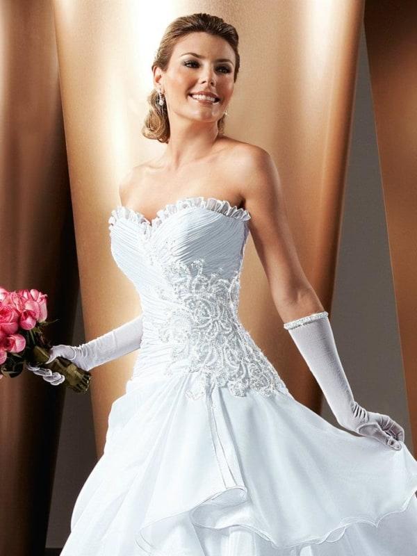 Noiva tradicional com luva