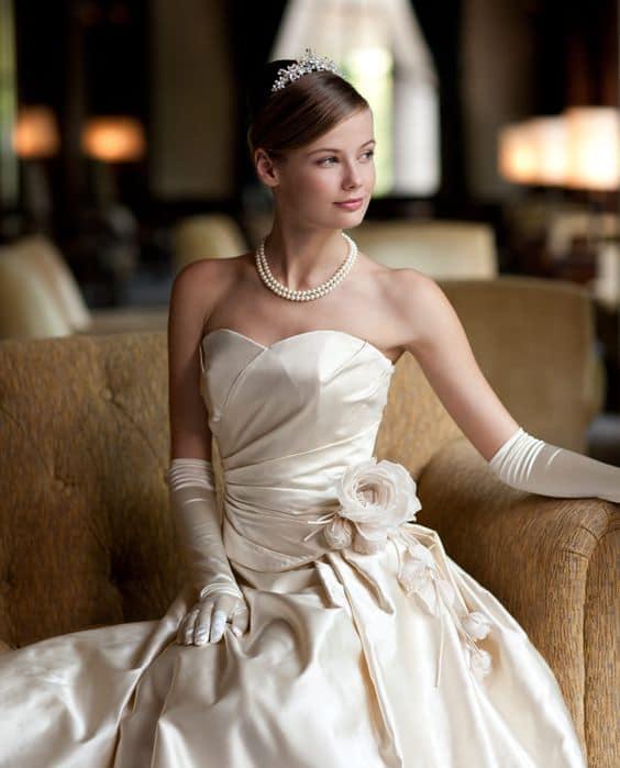 Visual de princesa no dia do casamento