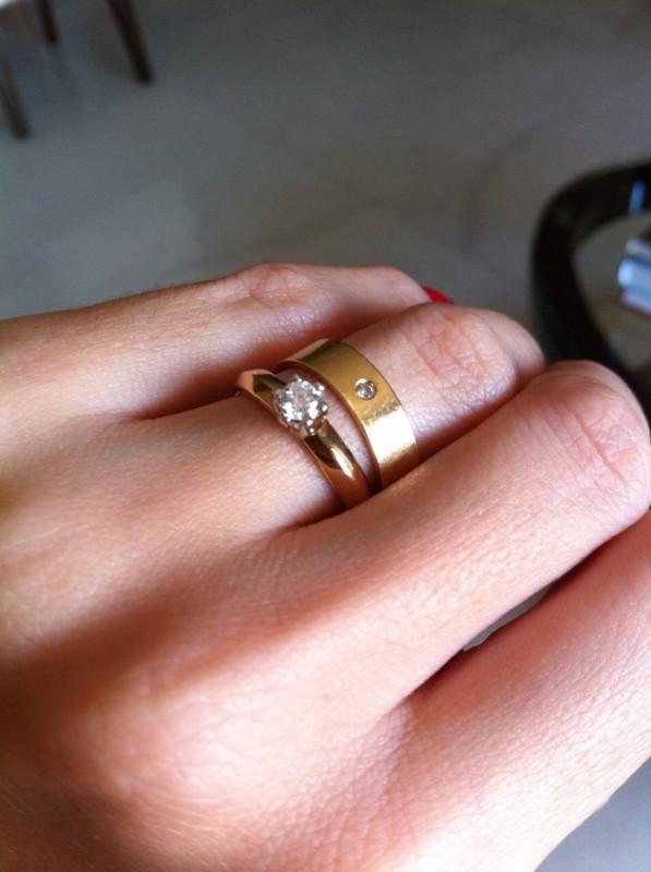Modelo de anel solitário de diamante