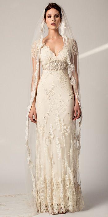 Noiva usando mantilha no seu look para o casamento