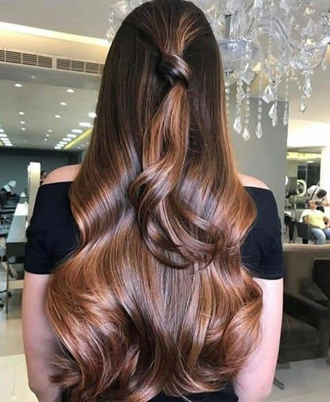 Penteados para madrinhas em cabelos longos 22