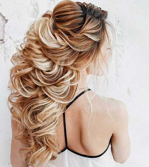 Penteados para madrinhas em cabelos longos 28