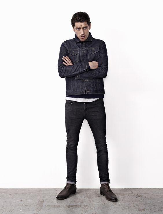 Pequena jaqueta preta jeans