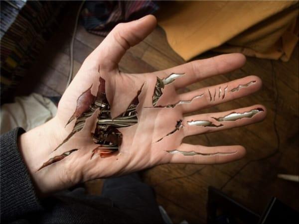 Tatuagem Braço e mão mecânica