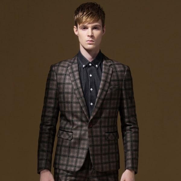 look com terno xadrez marrom