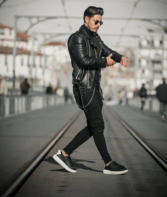 look preto com jaqueta