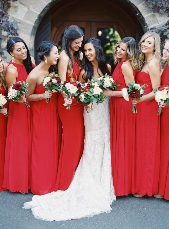 vestido de madrinha de casamento vermelho Michael Radford Photography