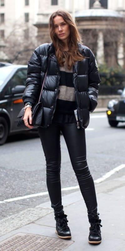 look de inverno com jaqueta puffer preta