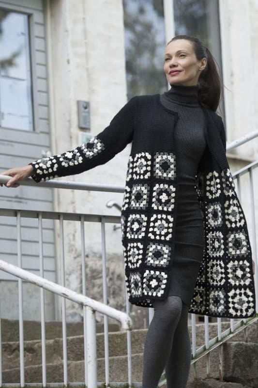look com casaco preto de crochê square