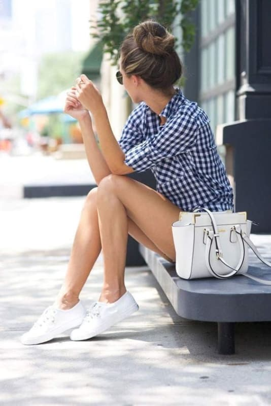 look casual com tênis branco feminino
