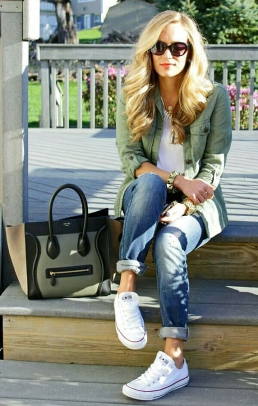 look com calça jeans e All Star branco