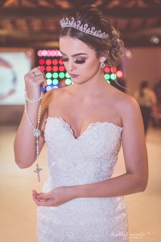 21 noiva com terço de pérolas