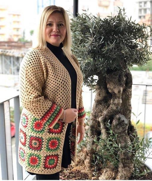 casaco plus size de crochê square