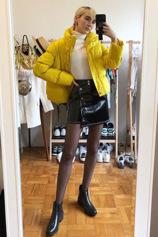 look com saia e jaqueta puffer amarela