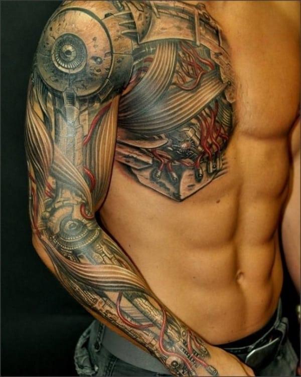 tattoo masculina no ombro e peitoral