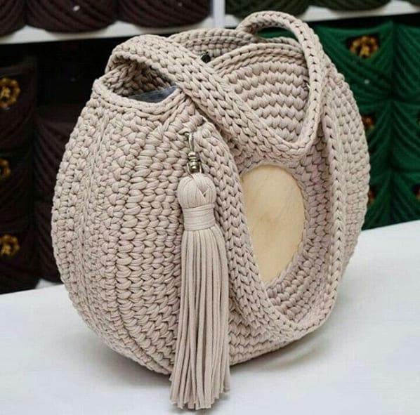 bolsa redonda grande em fio de malha