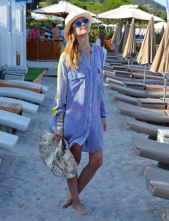 como usar chemise listrada na praia