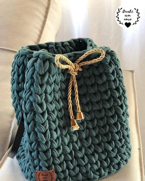 bolsa saco pequena em fio de malha