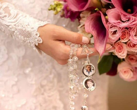 terço para noiva de cristal com relicário