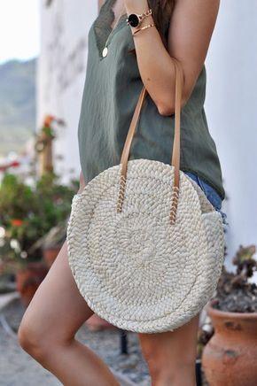 Bolsa de praia grande de crochê