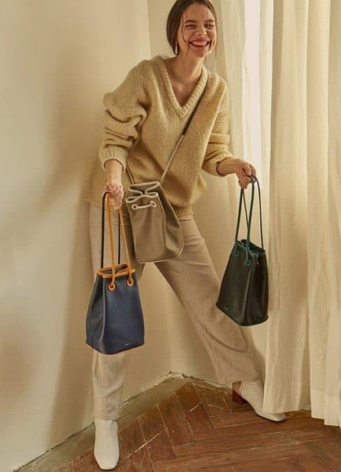 Dois modelos de bolsas saco
