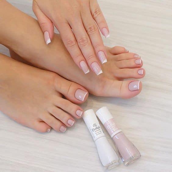 Esmalte Dailus nude para pés e mãos