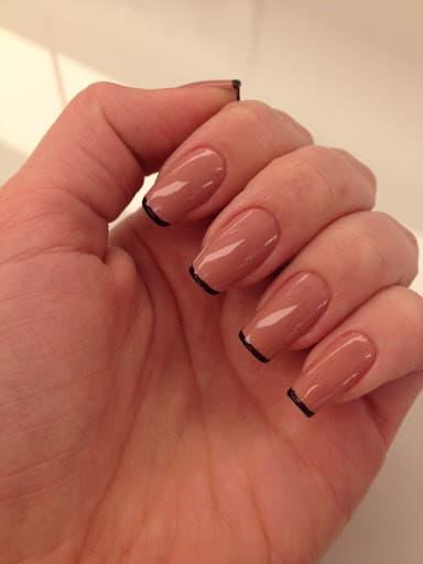 Francesinha preta com cor clarinha