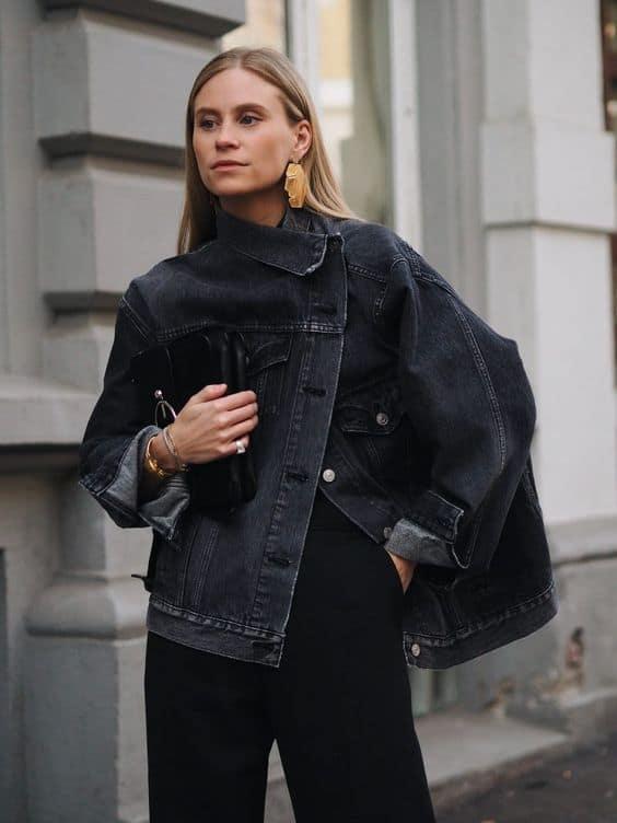 Jaqueta feminina preta com calça social