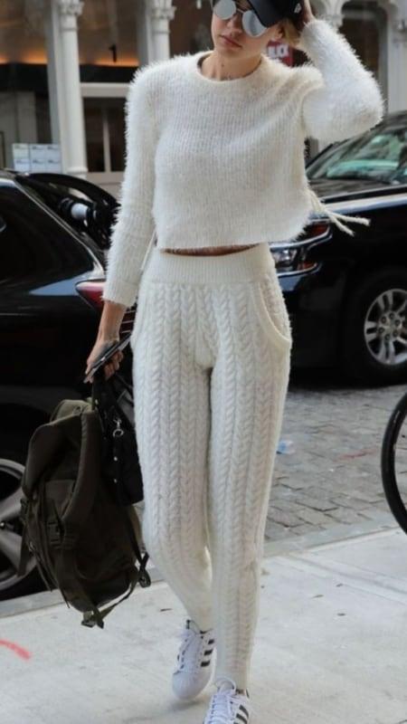 Look bem quentinho todo em lã