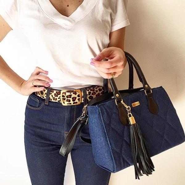 Look com bolsa jeans tote