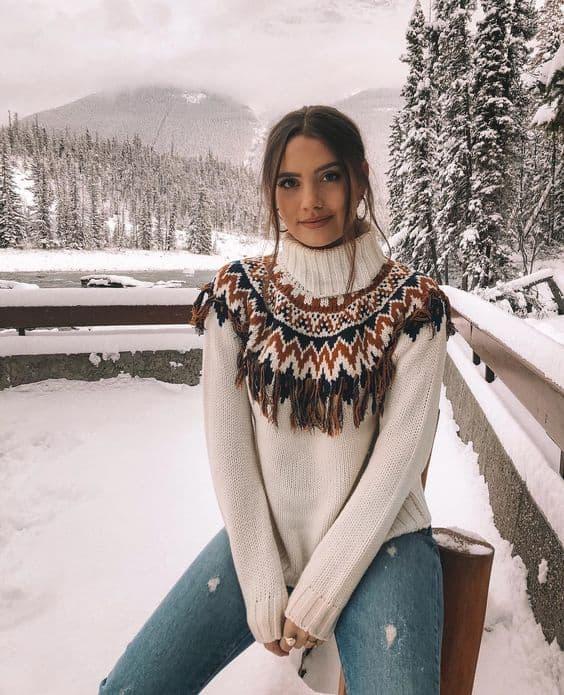 Look de inverno com suéter bem quentinho