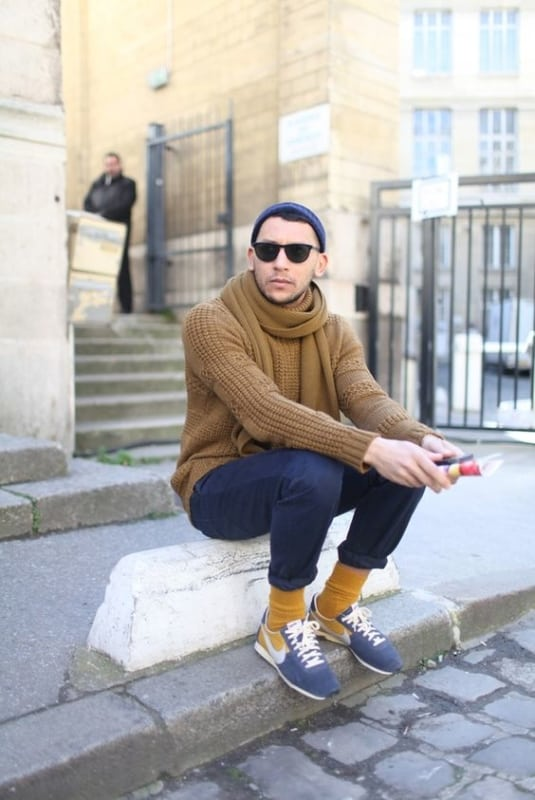 Meia alta masculina com calça como usar