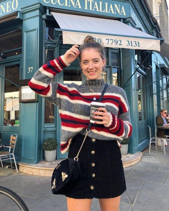 Suéter de lã com listras grossas e finas