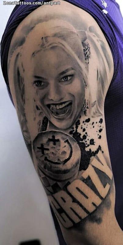 Tatuagem Arlequina sombreada