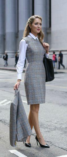 Vestido xadrez com estilo clássico