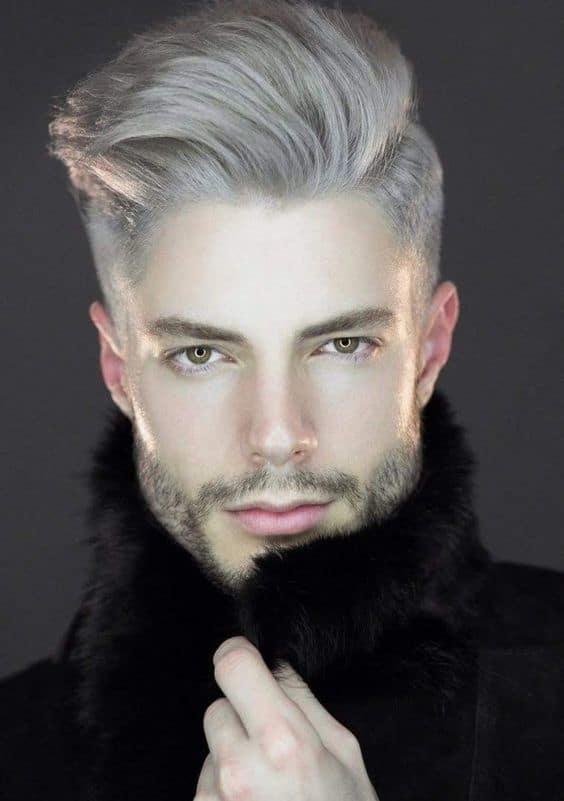 cabelo cinza penteado para o lado 1