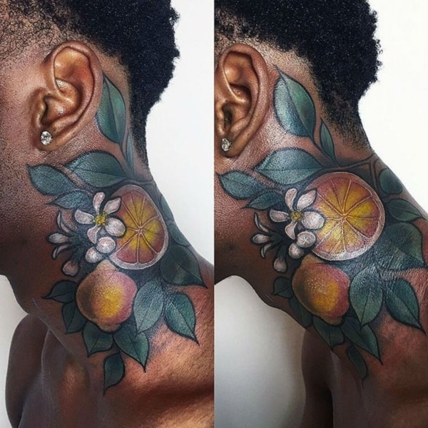 como é Tatuagem colorida em pele negra