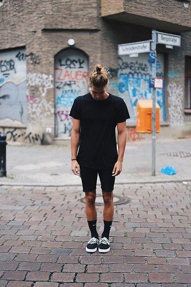 como usar Meia alta masculina preta