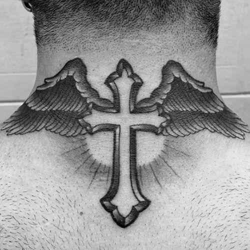 cruz grande sombreada na nuca