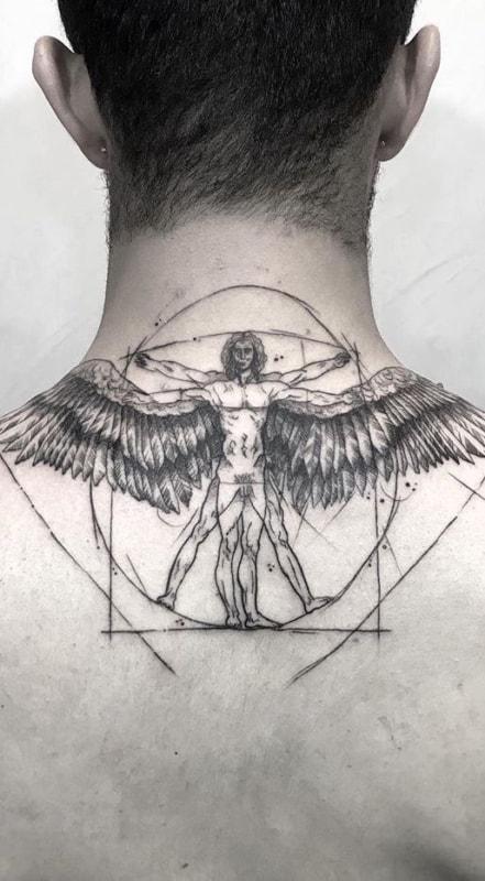 linda tatuagem na nuca