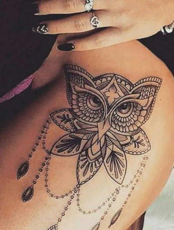 tatuagem feminina na coxa 26