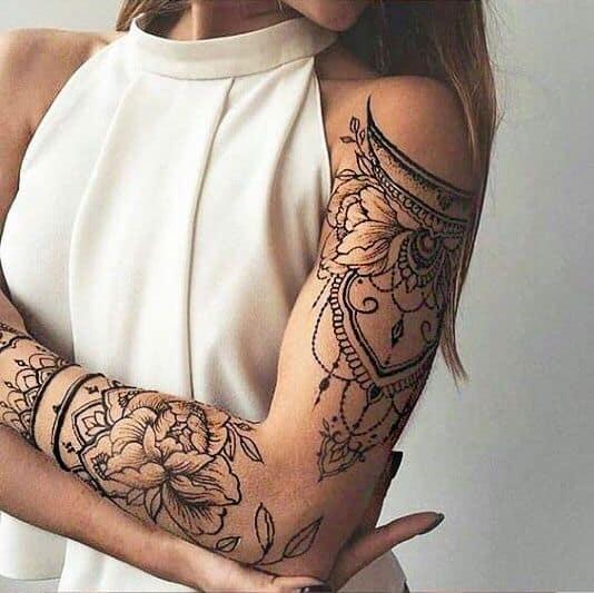 tatuagem feminina no braço 18
